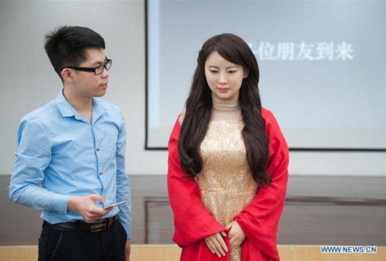 """اولین ربات تعاملی چینی به نام """"جیا جیا """""""